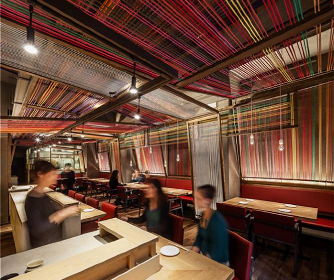 Restaurante pakta el equipo creativo estudio de for Mobiliario y equipo para restaurante